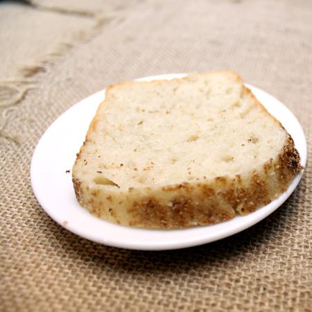 Хлеб кусочек белый